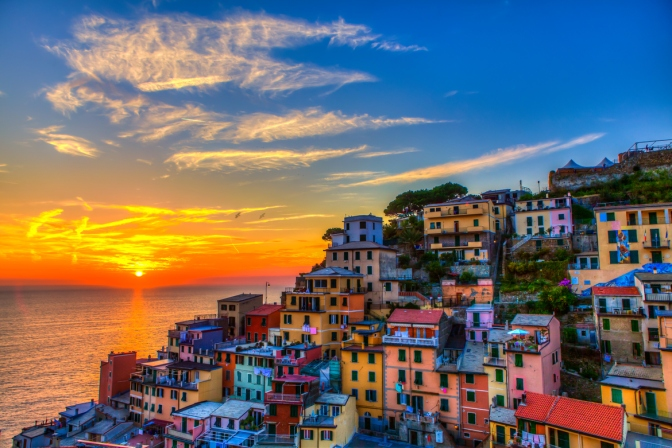 CINQUE TERRE – National Park and Protected Marine Area